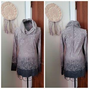 ATHLETA Nadi gray ombre tunic cowl neck top